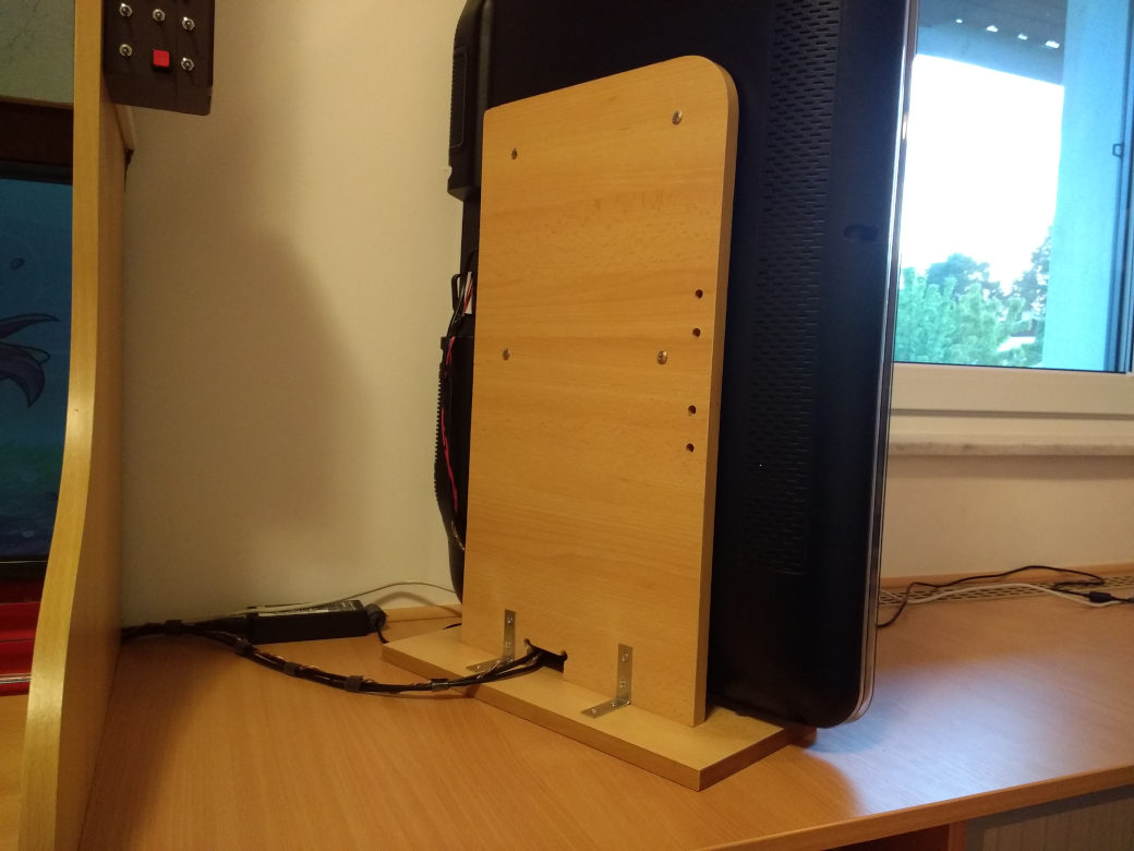 Homemade wooden support structure to hold screen sideways